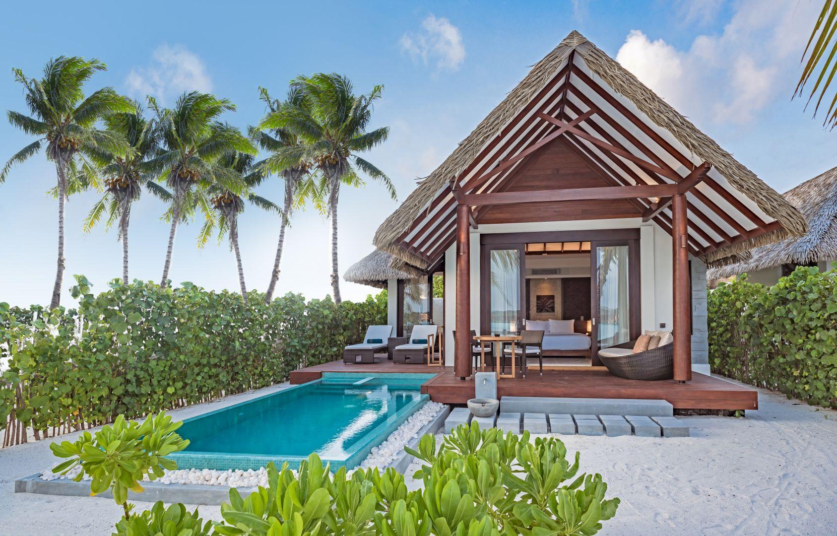 Heritance Aarah_Pool Beach Villa