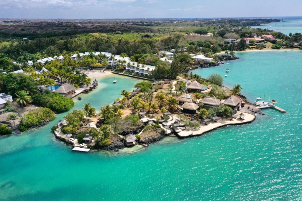 PCBH Aerial 1_Paradise_Cove_Boutique_Hotel_Mauritius_Det_Indiske_Ocean