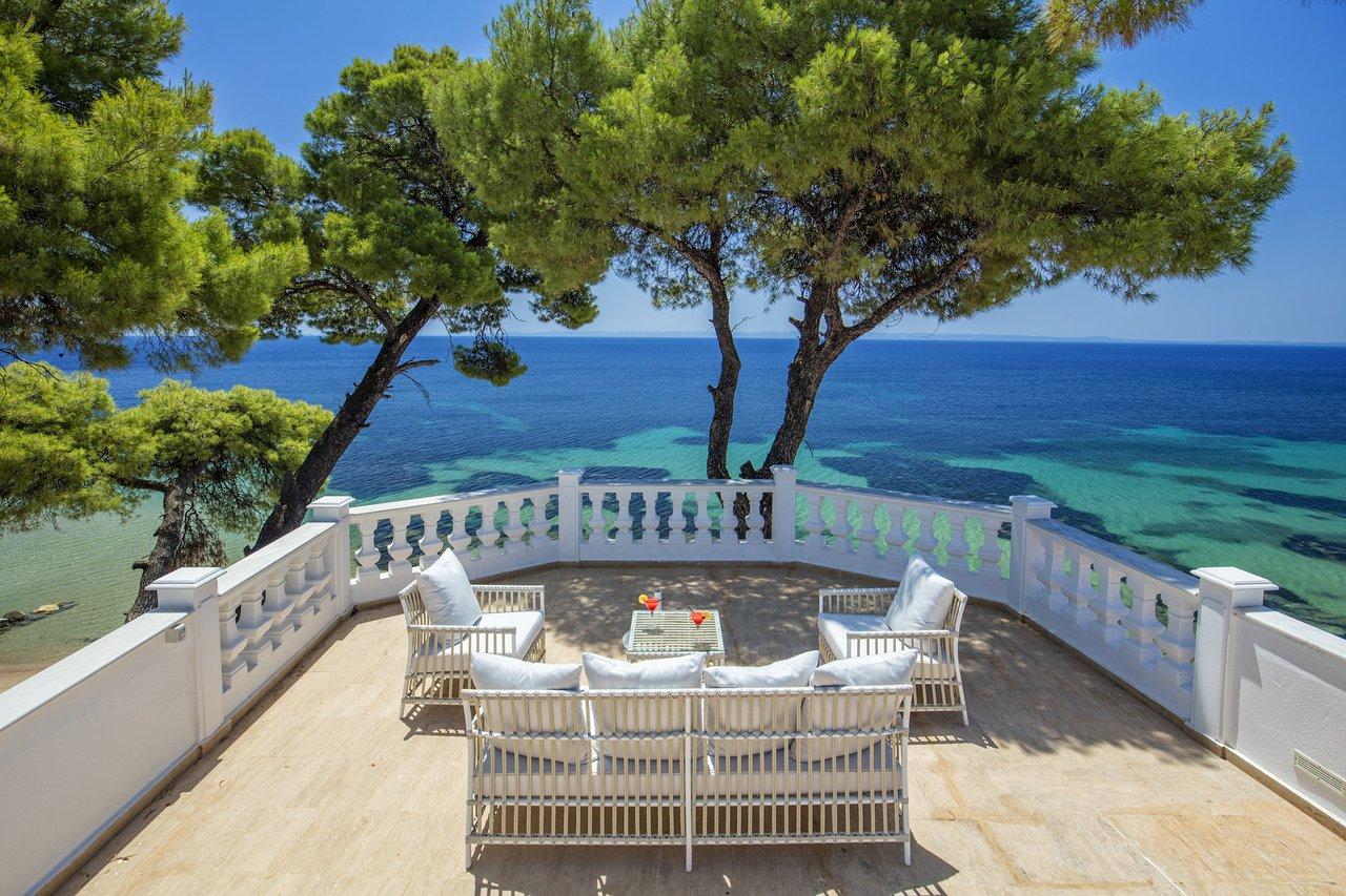 Danai Beach Resort & Villas 06