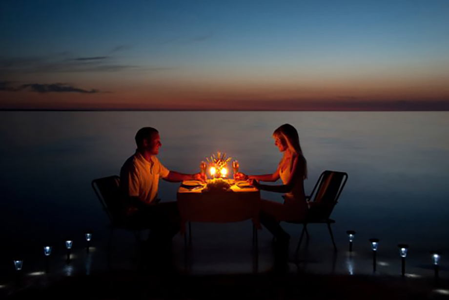 an-corfu-private dining_stock-photo-a-young-couple-share-a